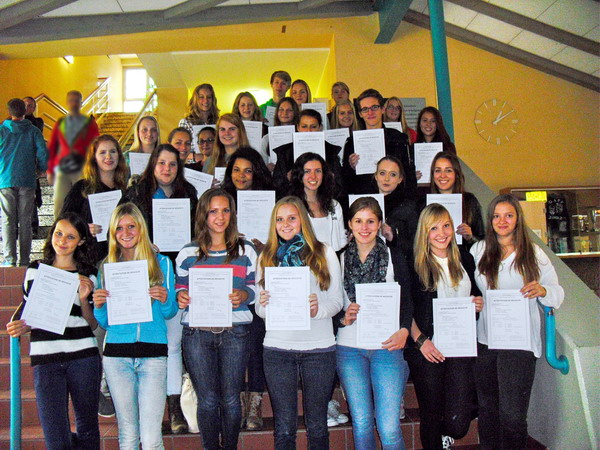 """""""Bleu-Blanc-Rouge"""": Die Schülerinnen und Schüler der ASS kennen sich damit aus!"""